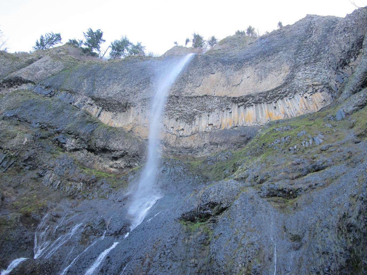 Mist Falls - Columbia River Gorge, Oregon - 520 foot Waterfall